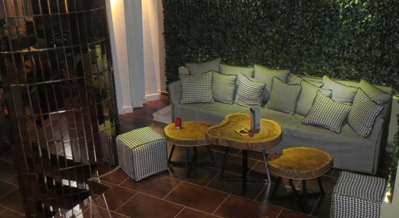 Cafe Bar Swell Megara