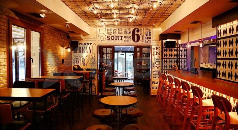 Cafe Bar Coin Verοia