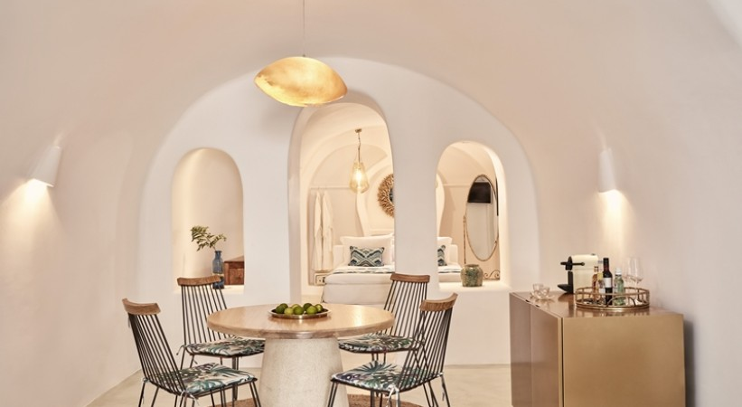 LIMESTONE LUXURY SUITES SANTORINI