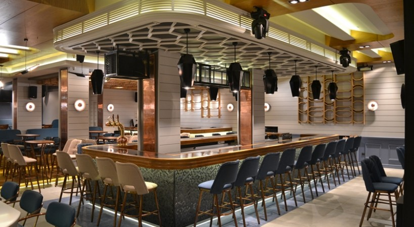 Cafe Bar Club The Karma Lefkada