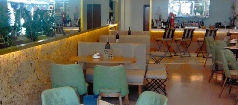 Cafe Bar Aperitton Larisa